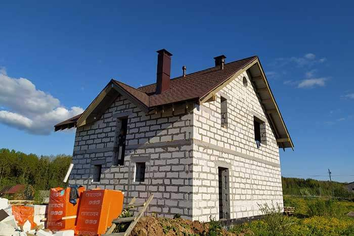Строительство дома в Любани